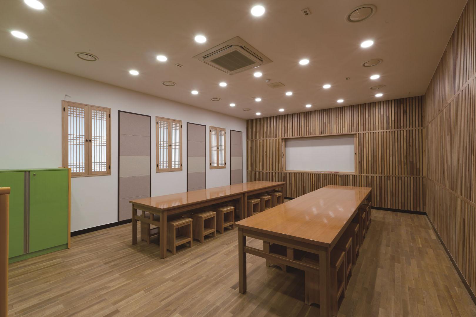 Verwarmen en koelen met een Samsung warmtepomp airco in kantoren